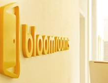 Bloomrooms – Hotel Signage